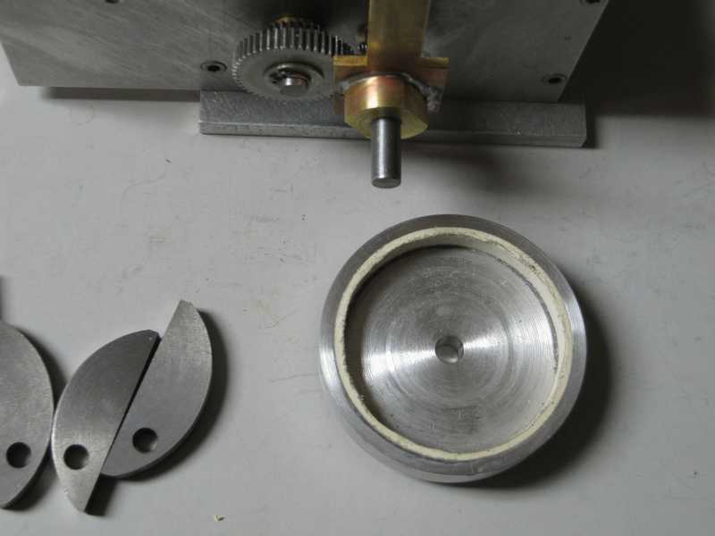 Brake Drums And Linings : This second shows the shoes mounted